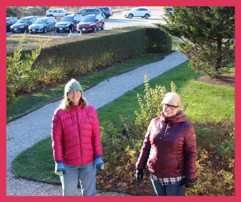 2 women on a sidewalk in Salem Massachusetts